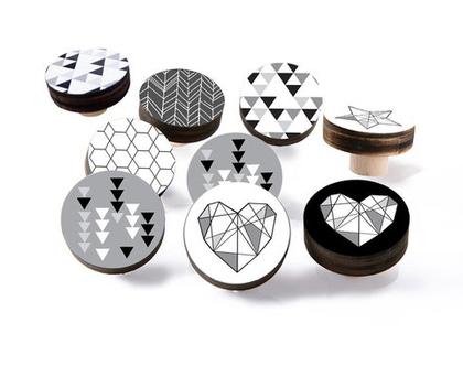 סט של ידיות 6-12 ידיות לבחירה, עיצוב נורדי שחור לבן , ידיות לארונות, ידיות לרהיטים, עיצוב הבית