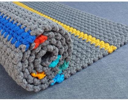 שטיח טריקו | שטיח סרוג | שטיח מלבני סרוג | שטיח עבודת יד | שטיח לחדר ילדים | שטיח לחדר משחקים | שטיחים סרוגים