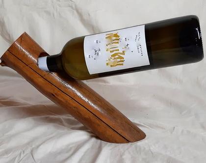 מתקן לבקבוק יין