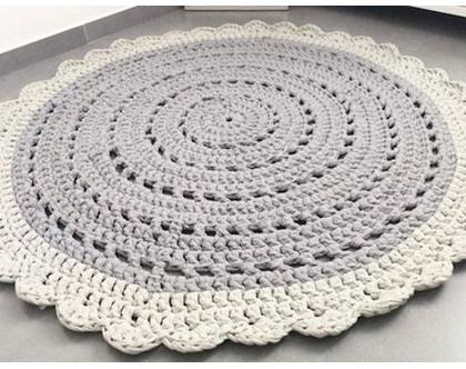 שטיח עגול סרוג מעוצב בדוגמת וינטאג' כפרית | שטיח עגול | שטיח אפור |שטיח עגול | אפור