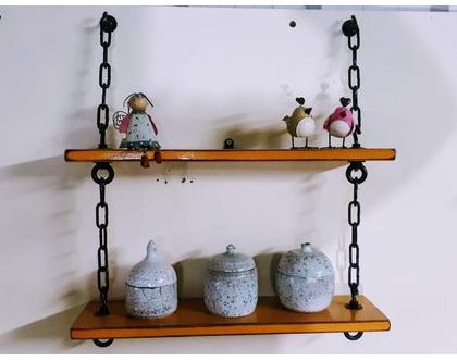 סט מדפים מעץ איפאה ממוחזר תלויים בשרשרת בגוון כתום-חרדל / מדפים מעץ וברזל / מדפים מיוחדים