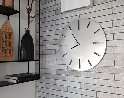 שעון קיר בצבע כסף   XL40CM   stripes