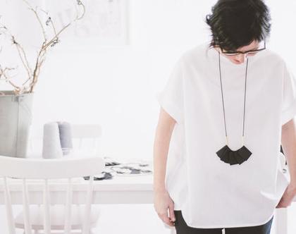 Plisse gold necklace