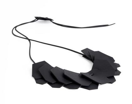 Manifa necklace