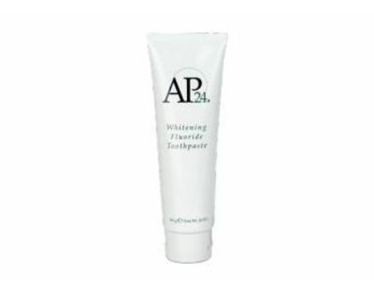 משחת שיניים מלבינה מסדרת AP-24 ® Whitening Fluoride Toothpaste