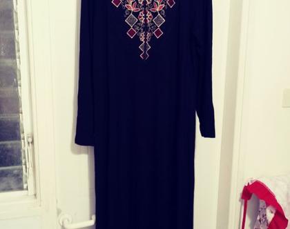 שמלה בסגנון ערבי רקומה