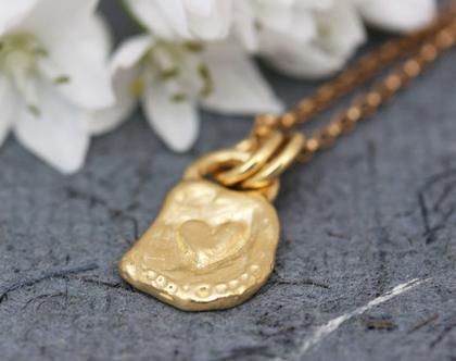שרשרת לב זהב, שרשרת זהב עדינה, תליון לב מעוצב, תליון זהב עבודת יד, שרשרת זהב מיוחדת, שרשרת זהב אמיתי, שרשרת זהב מינימליסטית, שרשרת זהב 14K