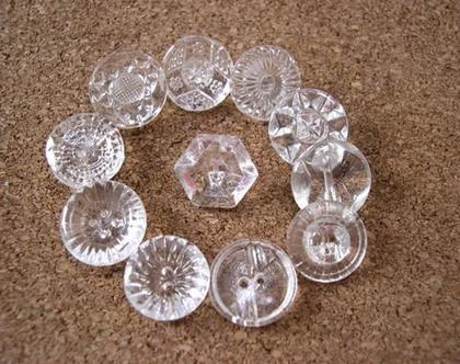 """120 כפתורי זכוכית וינטג' עתיקים בגודל 13-14 מ""""מ, כפתורי קריסטל תוצרת צ'כיה, 12 עיצובים שונים"""