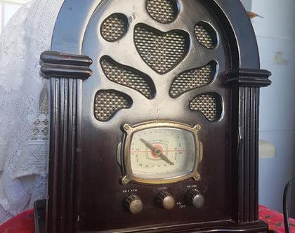 רדיו רטרו מיוחד/ צבע שחור חום משנת 1980