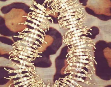שרשרת קולר ציפוי זהב ואבנים נוצצות יד 2