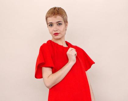 חדש! שמלת פיקה באדום , שמלת מיני, טוניקה אדומה עם כיסים, קשירה בגב