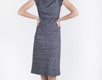 שמלה בגיזרה ישרה בצבע כחול כהה-דגם מיקונוס