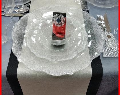 שולחן לחג בעיצוב אלגנטי