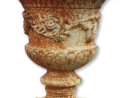 אדנית בצורת גביע מיציקת מברזל עתיקה