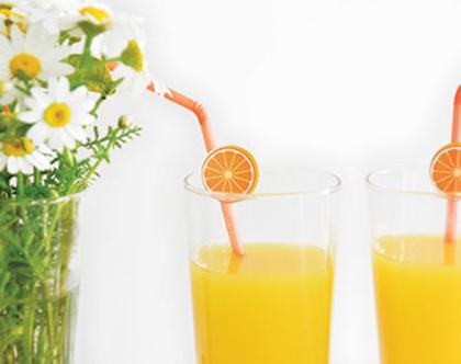 מדבקות ממותגות לשתייה קלה | מתאים להדבקה על קשים | קוטר 2-6 ס״מ