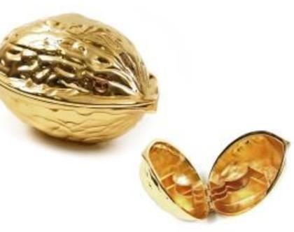 מפצח אגוזים זהב