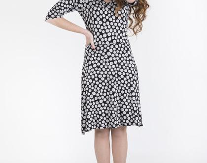 שמלת טריקו לייקרה מחטבת בגווני שחור לבן-דגם סנדרייה