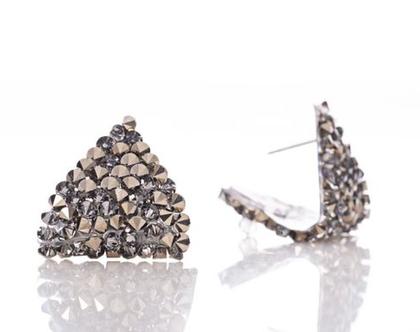עגיליפירמידתקריסטליםסברובסקי וכסף