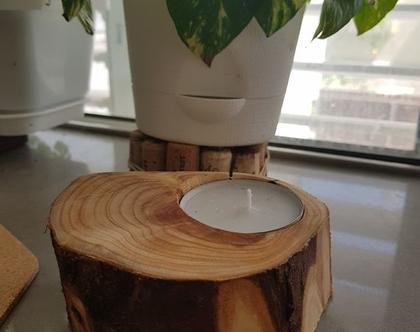 בול עץ טבעי ומעוצב כמעמד לנר-פמוטים