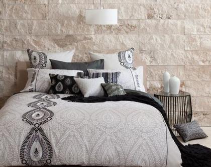 מצעים למיטה זוגית רושני | סט מצעים זוגי שחור לבן kas