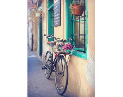 גלויה מצולמת. אופניים עם פרחים. פרינט מקורי. צילומים מקוריים. כרטיס ברכה. הדפס מקורי. דלת טורקיז.