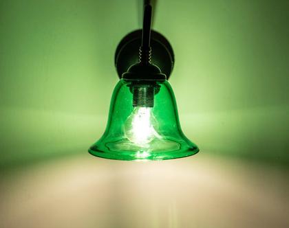 צמוד קיר פעמון ירוק