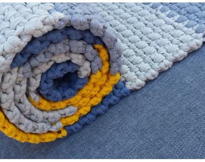 שטיח טריקו | שטיח סרוג | שטיח מלבני סרוג | שטיח עבודת יד | שטיח לחדר ילדים | שטיח לחדר שינה | שטיח למסדרון | שטיחים סרוגים