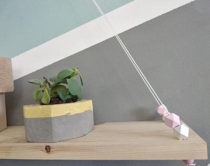 סדנת עיצוב מדף עץ עציצון מבטון