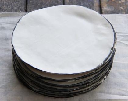 סט של 4 צלחות פורצלן לבנות - עבודת יד
