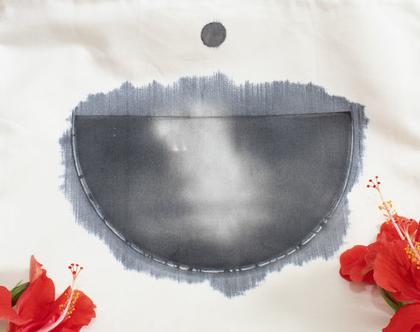 תיק בד לבד עם ציור שחור לבן בעבודת יד