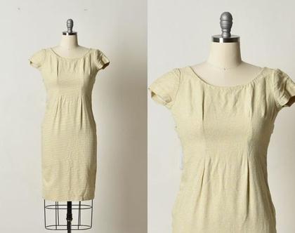 שמלה קלאסית, שמלה בז' צהוב, שמלה צמודה, גזרת עיפרון, שמלת וינטג', שרוול קצר, שמלה עד מתחת לברך, שמלה קיצית, שמלה לאירוע יום, מידה XS, קטנה