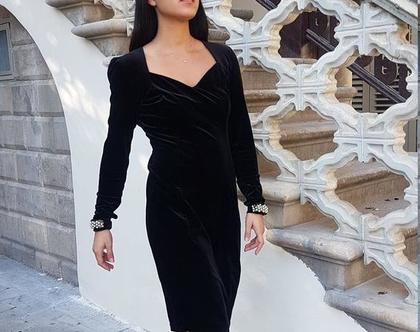 שמלת ערב שחורה, שמלה לאירוע, שמלה לחתונה, שמלת גוטקסט, שמלה צנועה, שמלת קטיפה, גב פתוח, מידה M, שמלת וינטג', שמלה שרוול ארוך