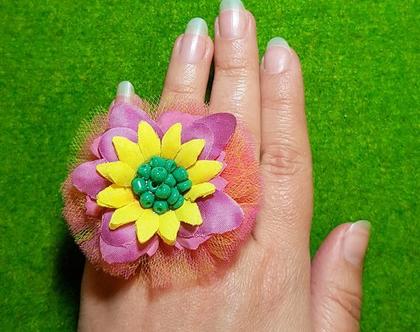טבעת פרח ענק, יהלי