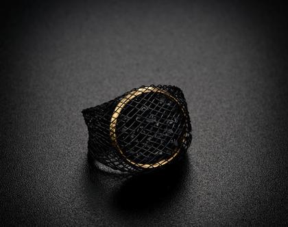 טבעת קריסטל סברובסקי שחורים , ציפוי זהב 18 קארט