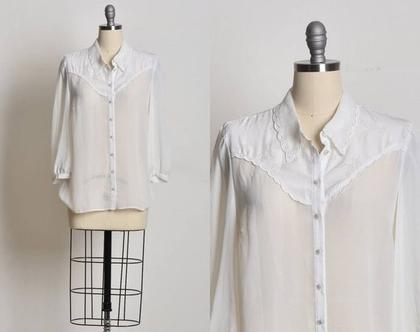 חולצה מכופתרת לנשים, חולצה ארוכה מכופתרת, חולצה לבנה, חולצה שקופה, חולצה עם תחרה, מידה M, חולצה לחג, חולצה חגיגית, חולצה וינטג'