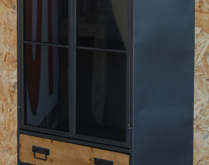 וטרינה ברזל ועץ 220066-גלרי