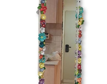 מראה | מראה אמנותית | מראה מעוצבת | מראה עם פרחי קרמיקה