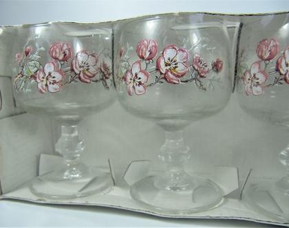 6 כוסות מזכוכית לשתיית ברנדי / ליקר בעיצוב פרחוני