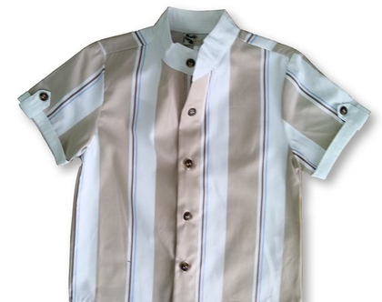 חולצה קצרה מכופתרת צווארון סיני