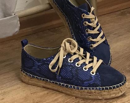 נעליים מעוצבות, נעליים כחולות, נעליים מיוחדות