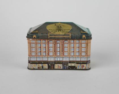 קופסת פח בצורת בית, קופסת תה ישנה של הרודס
