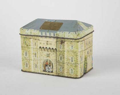 קופסת פח ארמון ווינדזור