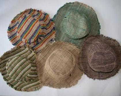 כובע שמש עם שוליים - כובע קיץ