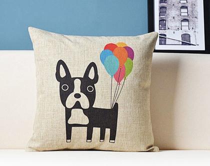 כרית נוי - כלב עם בלונים