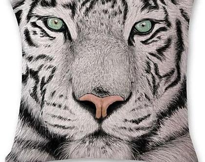 כרית נוי 1 אריה Lion