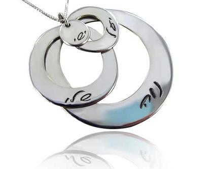 תליון משפחה מעוצב מתנה מושלמת לך… לאמא… לסבתא… ולחברה…