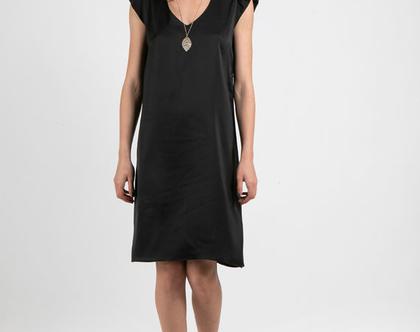 שמלת קוקטייל קלילה בצבע שחור-דגם פטיפור