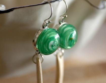 עגיל זכוכית ירוק דגם רומי