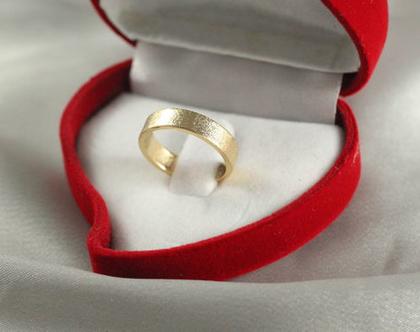 טבעת נישואין לאישה או לגבר 4 ממ| זהב 14k | טבעת נישואין 14k | טבעת נישואין קלאסית | טבעת זהב 14K | טבעת מעוצבת | טבעות נישואים 14 קראט