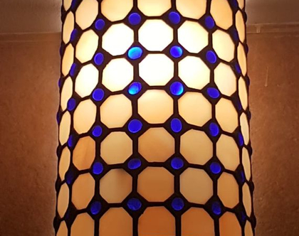 מנורת קיר חצי עגולה
